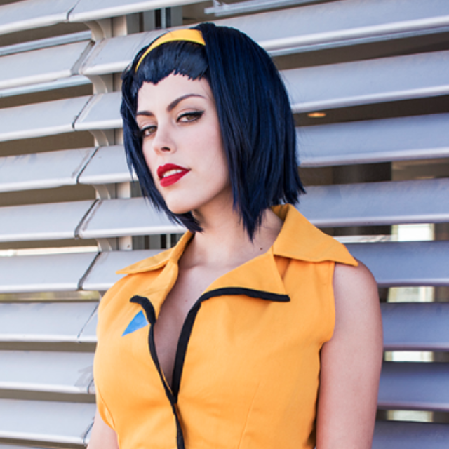 Faye Valentine Bhiner X cosplay Review